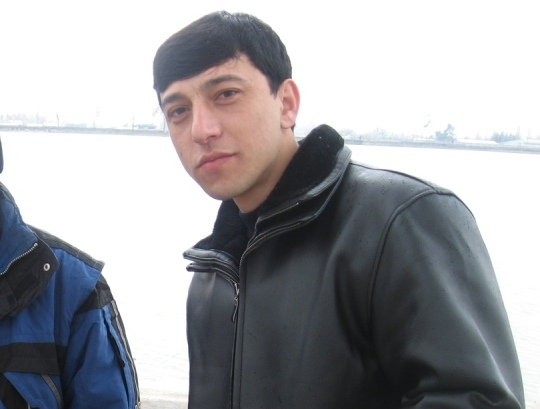 Хуршед Шомаматов.-Начальник учебной части по программе «промальп». В клубе со дня основания. Альпинизм с 2007 года.