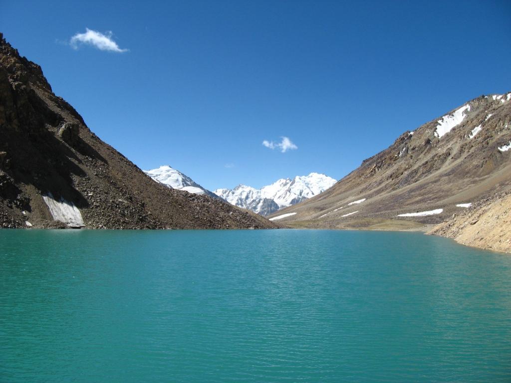 о.ещё озеро