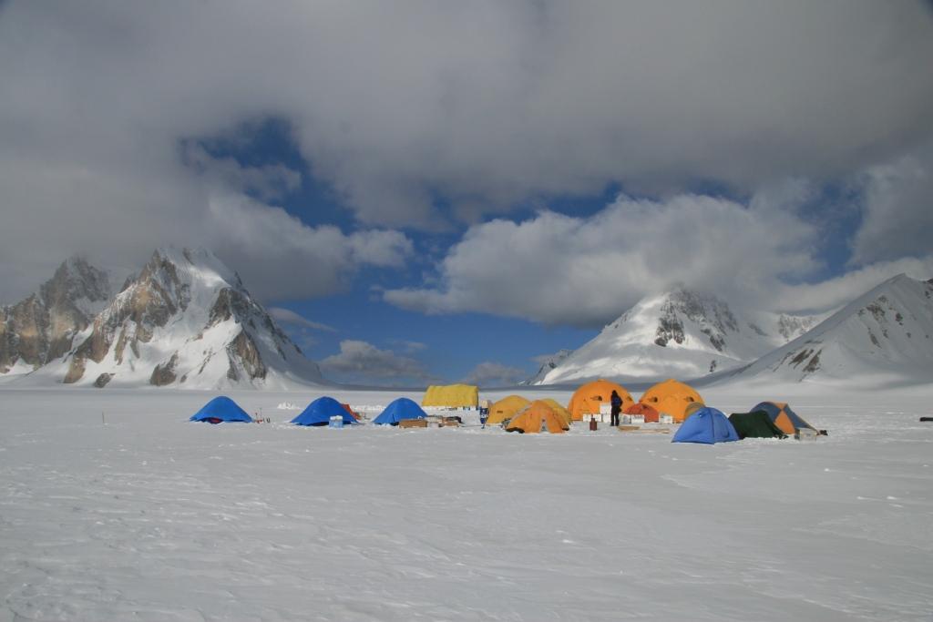 Мобильный базовый лагерь (МБЛ)
