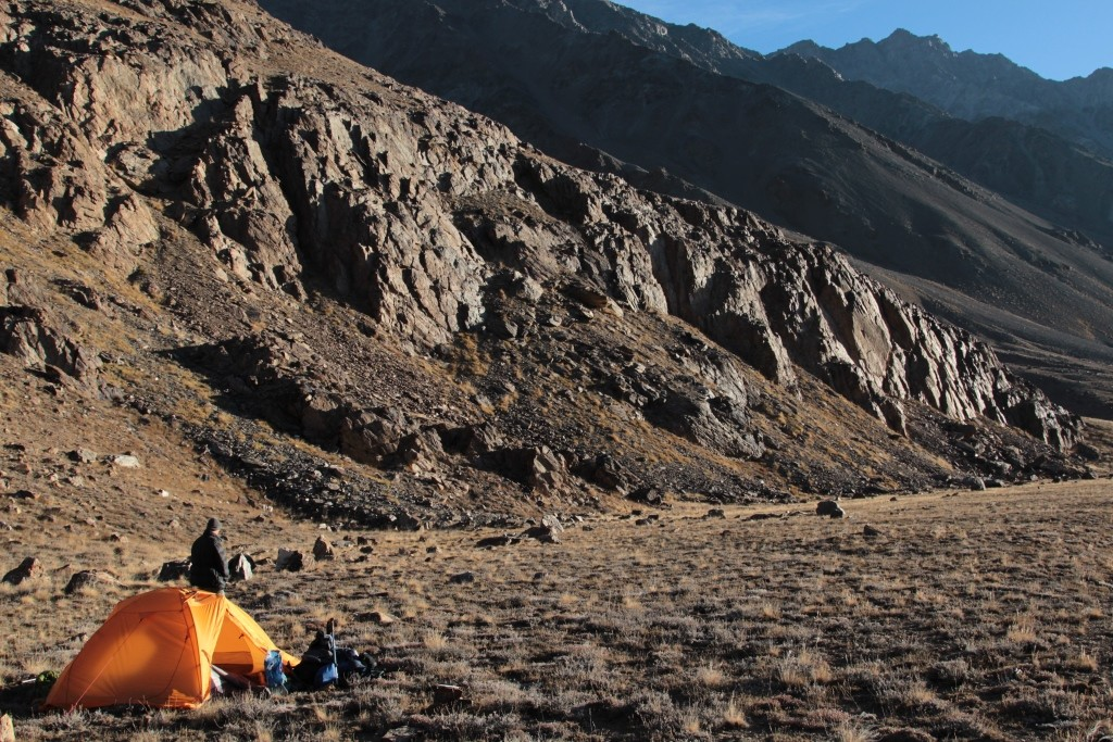2-47-camp-9-the-valley-tanymas