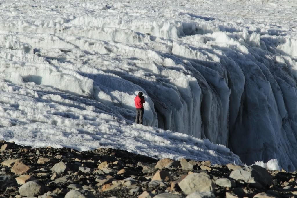 2-60-in-the-glacier-tanymas-paw