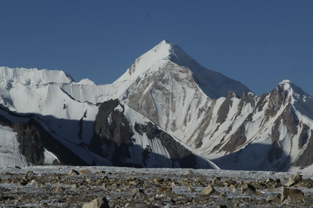 2-64-on-the-fedchenko-glacier