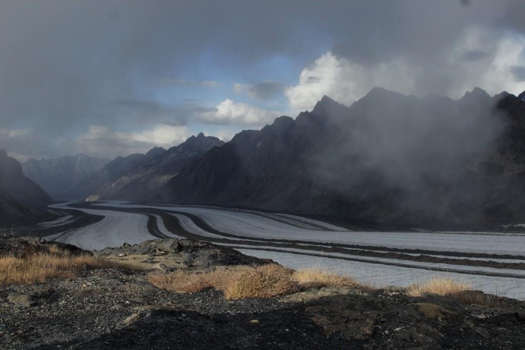 2-73-on-the-fedchenko-glacier