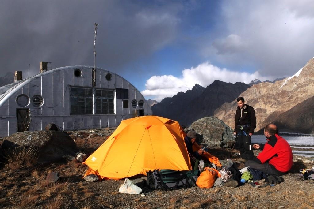 2-74-1-camp-13-hydro-meteorological-station-the-fedchenko-glacier