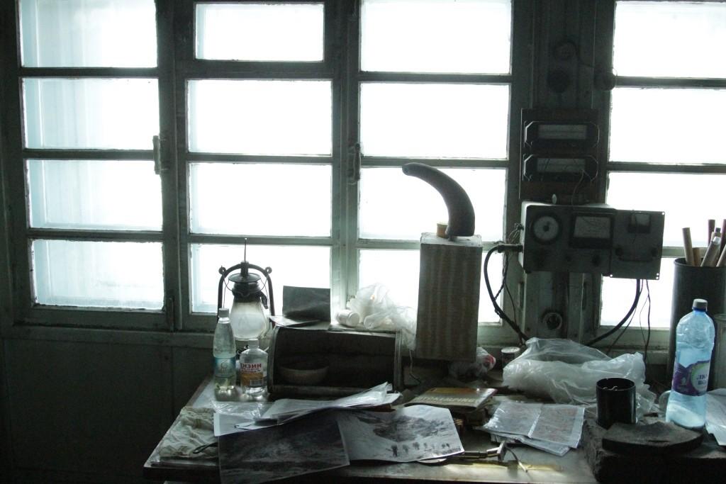 2-87-hydro-meteorological-station-the-fedchenko-glacier