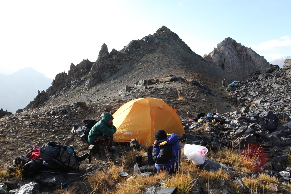 038 Camp on the pass Irget 4400m
